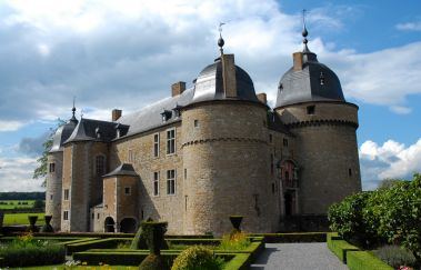 Castle of Lavaux-Sainte-Anne-Chateaux to Province of Namur