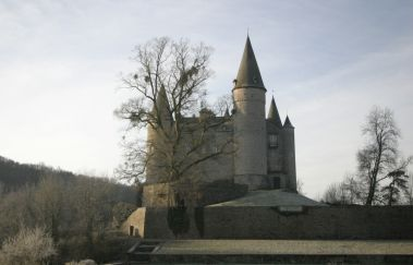 Castle of Vêves-Chateaux to Province of Namur