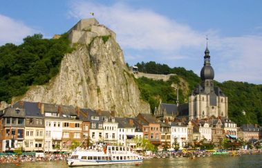 Citadel of Dinant-Chateaux to Province of Namur