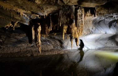 Caves of Lorette-Grottes to Province of Namur