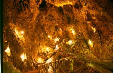 Grotte la Merveilleuse-Grottes to Province of Namur