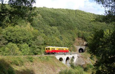 Le Chemin de Fer du Bocq-Train touristique to Province of Namur