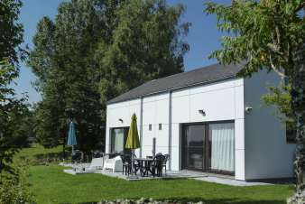 Holiday home for 4 people by the lake of Bütgenbach in the Ardennes