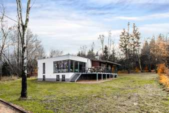 Holiday home with sauna and jacuzzi in the woods of Butgenbach