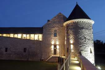 Castle in Durbuy for 9 persons in the Ardennes
