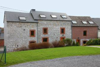 Charming 2.5 star holiday cottage for 17 people for rent near Durbuy