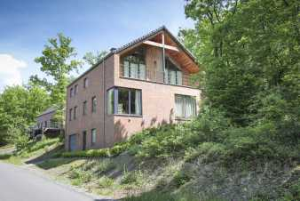 Modern holiday house for nine people near Durbuy
