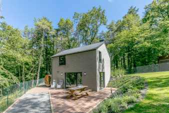 3-star holiday home with sauna for four people near Erezée.