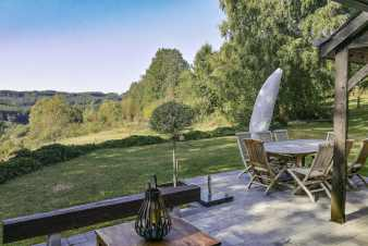 Holiday cottage for 8 persons with superb view to rent in Fauvillers
