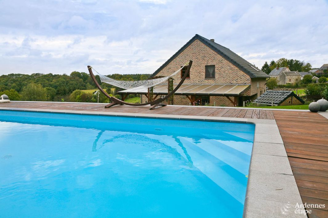 Pleasant holiday villa with heated swimming pool to rent in hamoir for Houses to rent with swimming pool uk