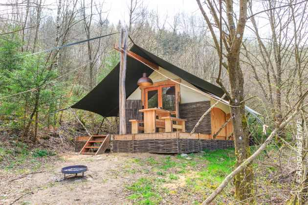 Woodland cottage for couples holiday to rest in the woods of ...