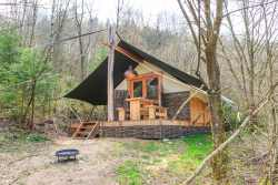 Woodland cottage for couples holiday to rest in the woods of Houffalize