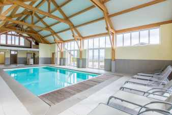 Large group accommodation with pool and games room to rent in La Roche
