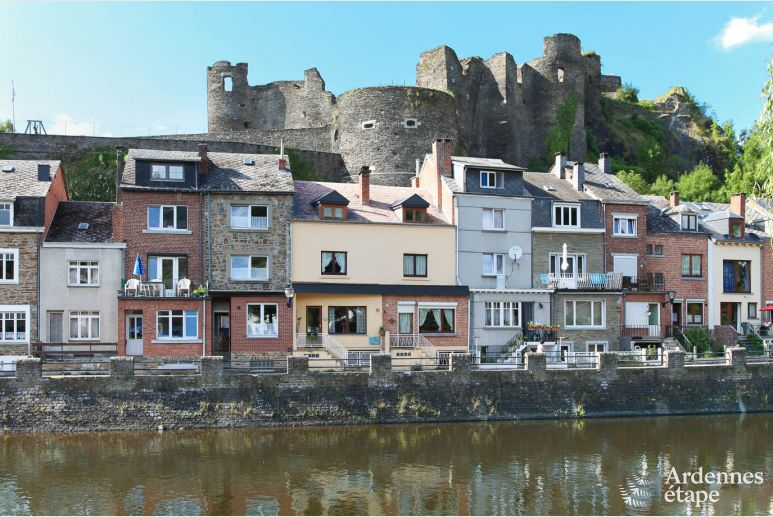 Riverfront holiday city home to rent in the heart of La-Roche-en-Ardenne