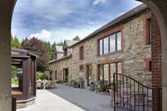 Magnificent gîte for groups of 48 people in Libramont-Chevigny