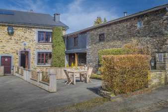 Intimate holiday cottage for 3 pers. in the valley of Lienne in Lierneux