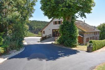 4-star rental holiday group accommodation to rent in Malmedy
