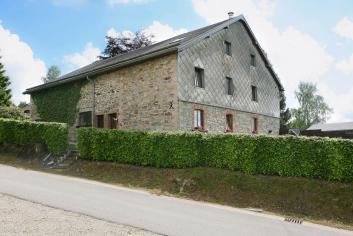 Holiday rental home with swimming pool for 4 pers. to rent in Malmedy