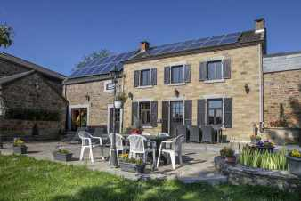 Charming and authentic Ardennes holiday cottage for 9p to rent in Modave