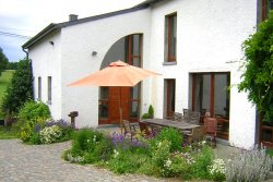 3 star holiday cottage for 9 people to rent near by Neufchâteau