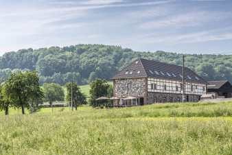 Farmhouse for 20 - 22 people for rent in Plombières in the Ardennes