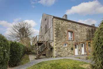 3-star cottage for a great 4 pers.holiday to rent in idyllic Porcheresse