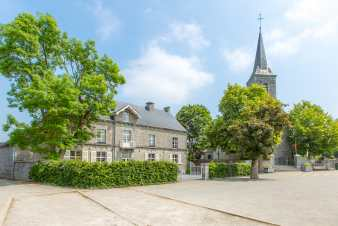 Holiday home in Rochefort for 21 people in the Ardennes