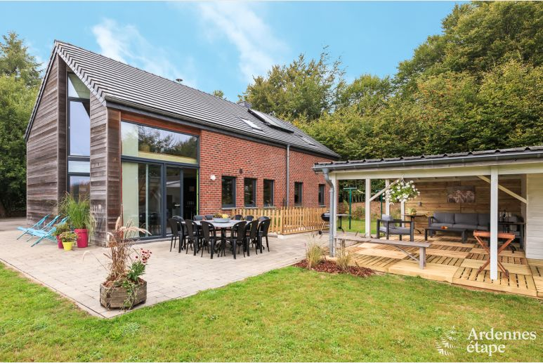 Holiday cottage in Sourbrodt for 10/11 persons in the Ardennes