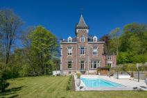 Castle in Stavelot for your holiday in the Ardennes with Ardennes-Etape