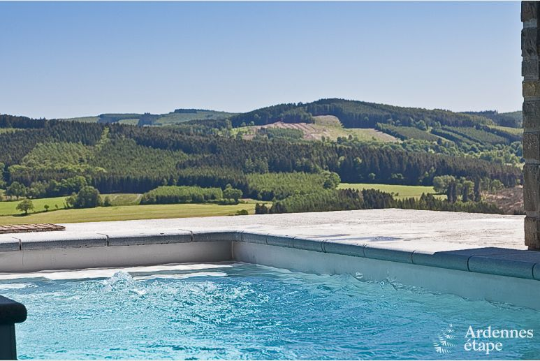 Luxurious holiday villa for groups with stunning views in Stoumont