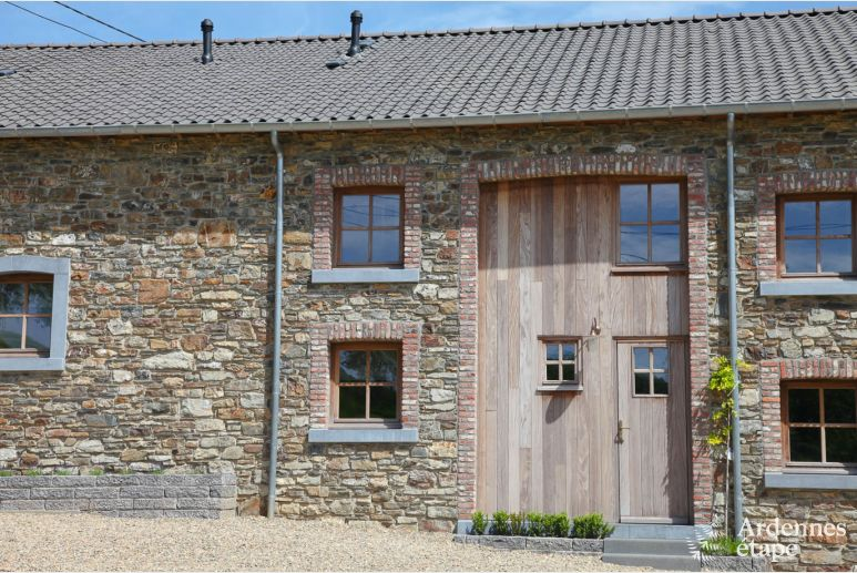 Renovated authentic farmhouse for 8 pers. to rent for Trois-Ponts stay