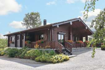 Warm holiday cottage for 4 to 5 persons in the countryside of Vielsalm
