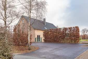 Holiday cottage in Waimes for 10 persons in the Ardennes