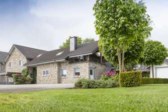 Holiday cottage in Waimes for 10/12 persons in the Ardennes