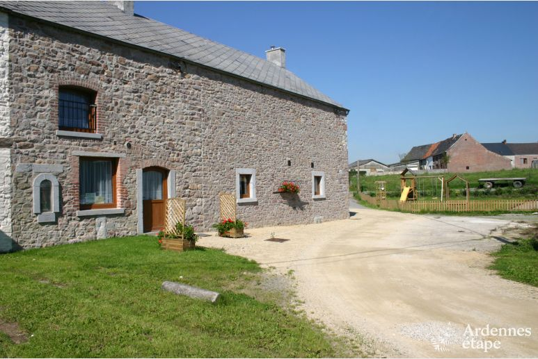 Farm cottage in Wépion for 12 people