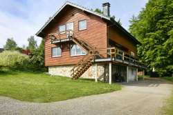 Holiday cottage for 26 persons with jacuzzi and sauna in Xhoffraix
